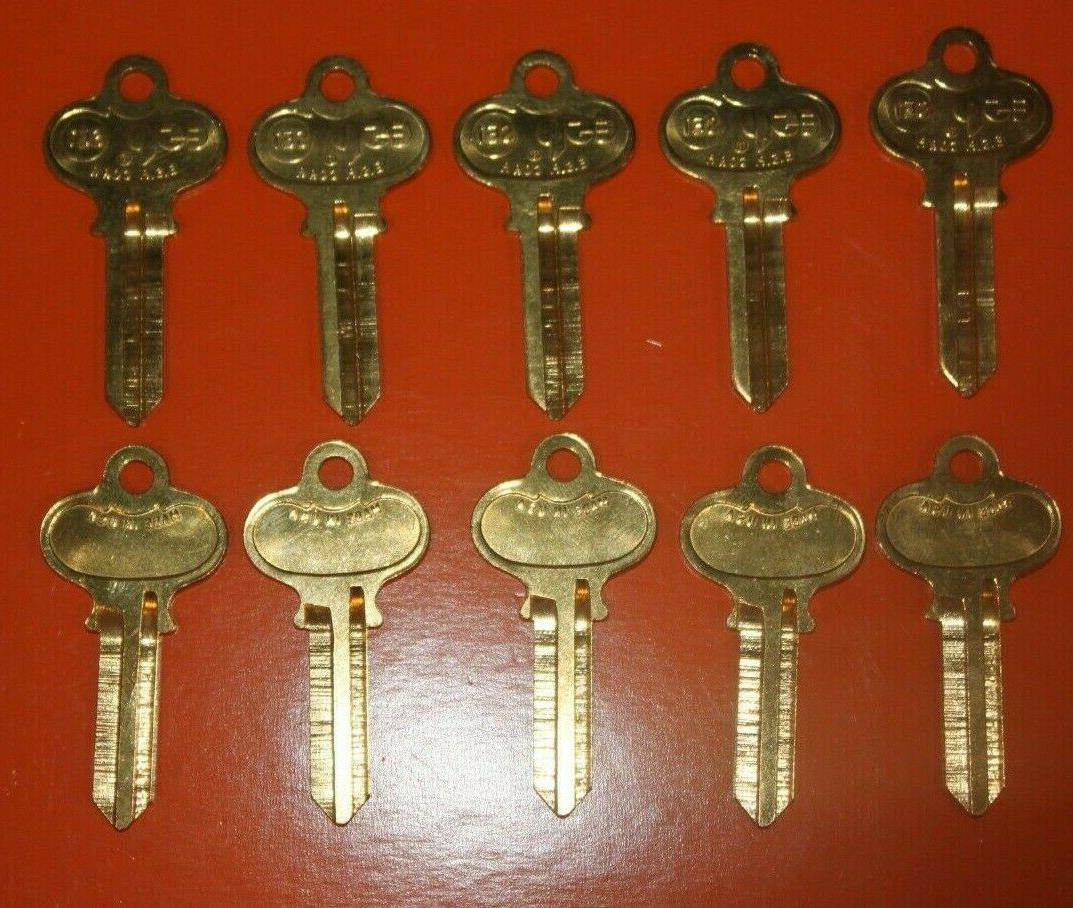 lot of 10 keys se1 replacement